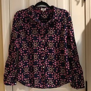 Crown & Ivy buttoned down top ladybug print
